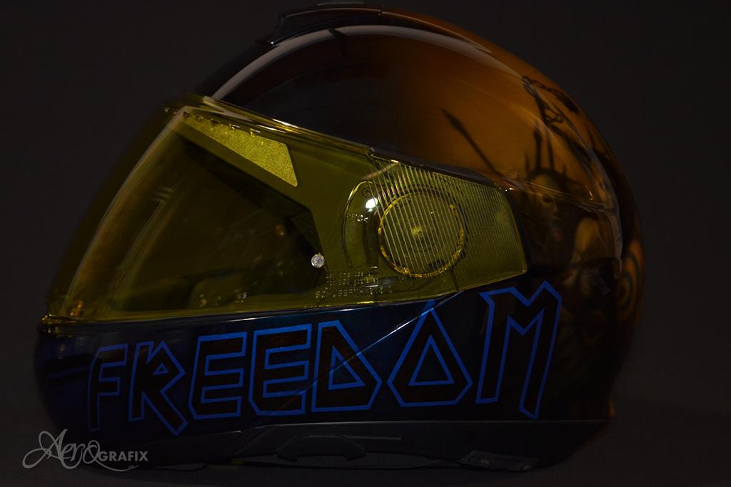 malowanie aerografem kasków motocyklowych